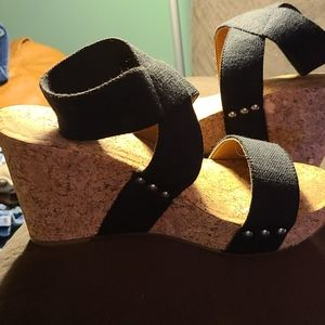 Lucky brand black wedge sandal with cork